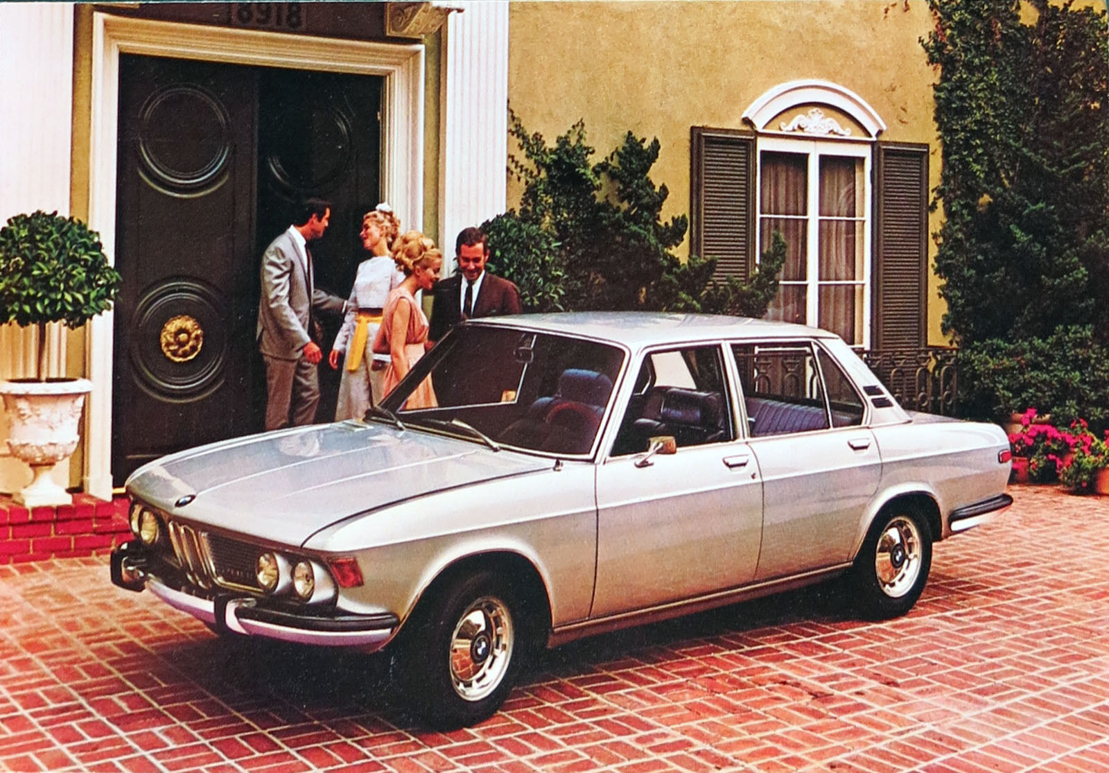 BMW E3 sedan factory postcard